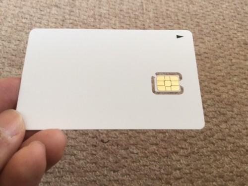 シンプルなSIMカード